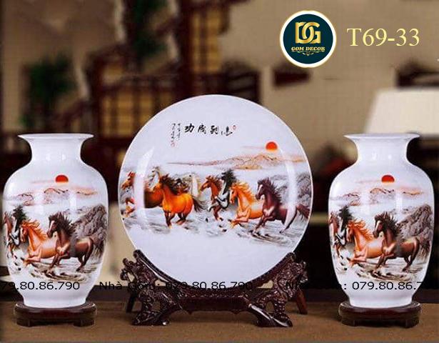 Bộ bình gốm trang trí mã đáo thành công T69-33 được đánh giá là sản phẩm đáng mua nhất hiện nay. Với chương trình sale độc đáo vô cùng đặc biệt giảm tới 50%